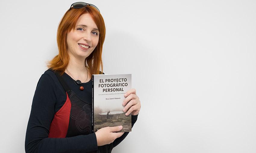 Rosa Isabel Vázquez presenta su libro 'El Proyecto Fotográfico Personal'