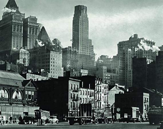 Berenice Abbott. West Street, 1932 © Berenice Abbott