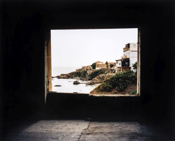 Zineb-Sedira_Framing-the-view-IV_2006